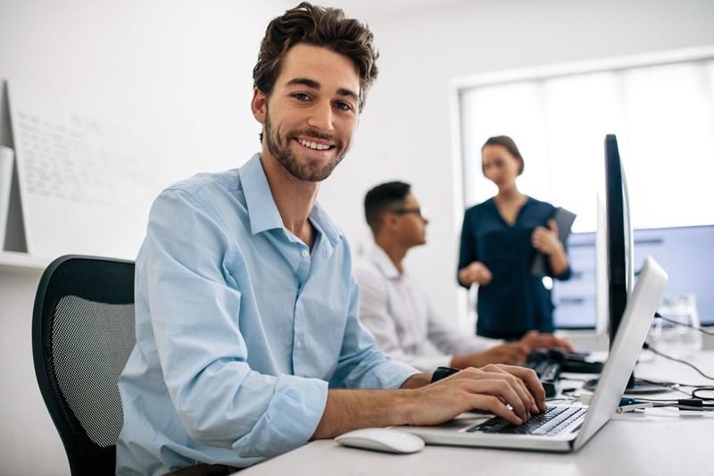 uslugi-informatyczne-dla-malych-i-srednich-przedsiebiorstw